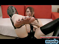 Foot fetish with the hottest crossdress Jamie