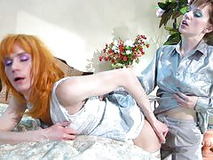 Rosa&Randolph strapon pussyclothed sex action